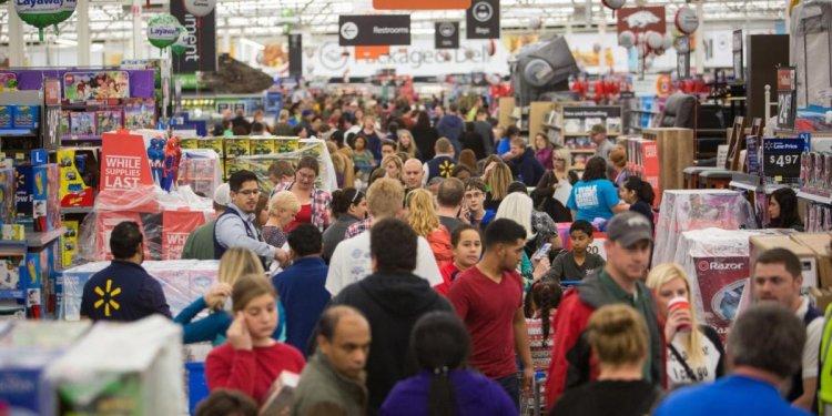 Black Friday store sales drop