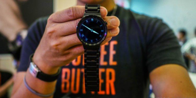 Huawei announces its Black