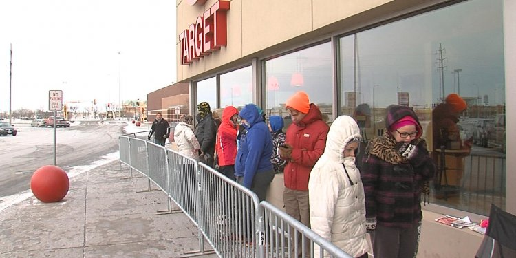 Early Black Friday shoppers