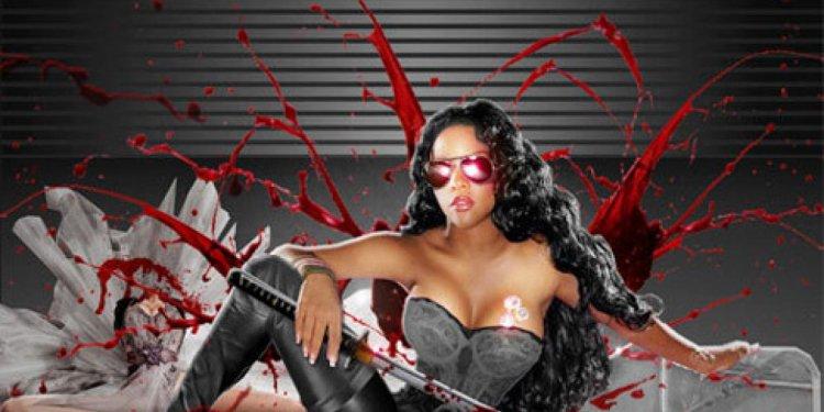 Ouch! Lil Kim cuts off Nicki