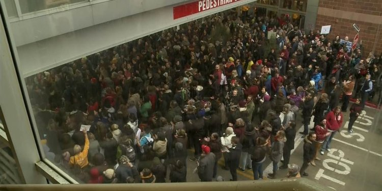 Protesters Mass at Mall of