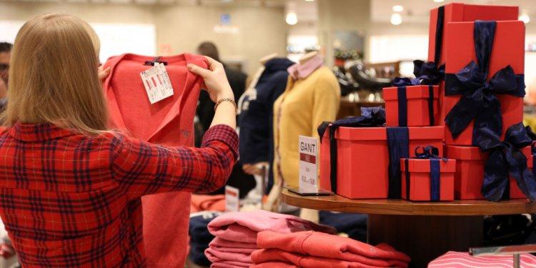 Woman holiday shopping at