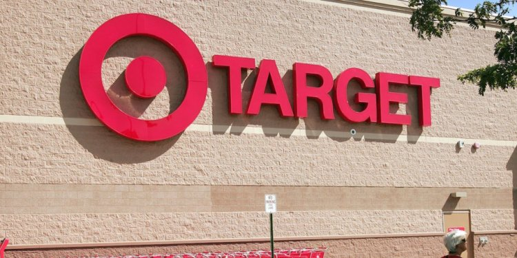 Target stores hours on Thanksgiving