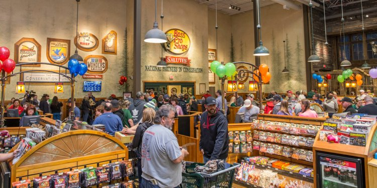 Bass Pro Black Friday hours