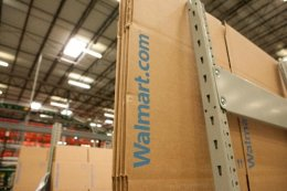 Walmart ecommerce shipping warehouse